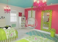 Girl's bedroom SUPER ADORABLE !
