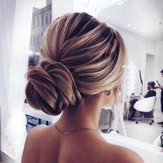 Elegant updo wedding hairstyle ,chignon hairstyle #promhairstyle #weddinghairstyle #updo
