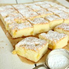 Ananaskaka i långpanna No Bake Desserts, Dessert Recipes, Czech Recipes, Forbidden Fruit, Pineapple Cake, Bun Recipe, Kitchen Recipes, Food Inspiration, Sweet Recipes