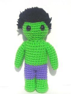 Hulk amigurumi