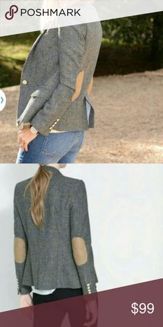Zara gray elbow patch blazer Zara gray elbow patch blazer.  Wool blend.  Worn once.  No pilling. Zara Jackets & Coats Blazers