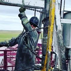 44 Best Oil roughnecks images in 2019   Drilling rig, Oil