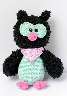 Uil Anna gehaakt door Manon Knutsel #haken #haakpatroon #gehaakt #amigurumi #knuffel #gehaakt #crochet #häkeln #cutedutch