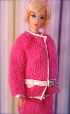 Vintage Barbie - Mod Era Hair Fair Barbie - Blonde