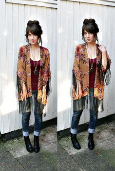 FLORAL KIMONO JACKET//boho kimono,,floral print,kimono jacket,fringe kimono,sheer kimono,small/medium