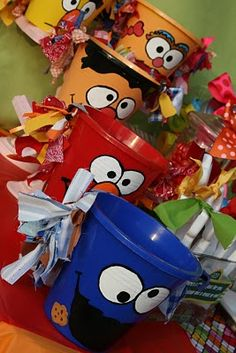 Cutest Goodie Bag (or in this case -- bucket) to send home with your child's friends