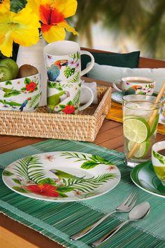 Kaffeetasse mit Untertasse aus hochwertiger Keramik mit Papagei-Motiv Bone China, Table Settings, Table Decorations, Caribbean, Home Decor, Summer, Products, Pina Colada, Accessories