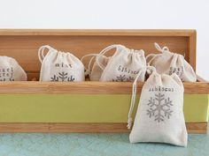 How to Make a Gift Basket for a Tea Lover >> http://www.diynetwork.com/decorating/how-to-make-a-gift-basket-for-a-tea-lover/pictures/index.html?soc=pinterest