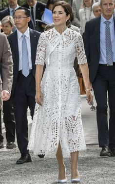 Why Crown Princess Mary of Denmark is the royal showing the Duchess of Cambridge how to master modern regal style 9 October 2017 – Royal tour to Japan (day Kenrokuen Garden, Kanazawa – dress by Temperley London, shoes by Gianvito Rossi Dress Skirt, Lace Dress, Dress Up, White Dress, Dress Outfits, Casual Dresses, Fashion Dresses, The Royal Show, Princess Marie Of Denmark