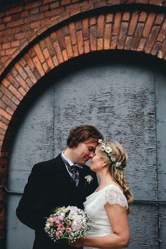 Couple Portraits, Wedding Couples, Weddings, Lifestyle, Wedding Dresses, Photography, Bride Dresses, Bodas, Wedding Gowns