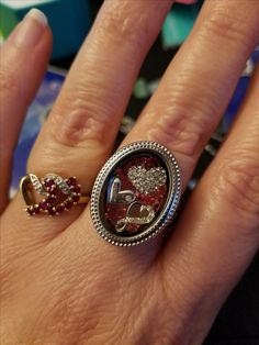 OMG the new locket ring by Origami Owl, hearts and pink swarovski crystals!!! Valentines, Love, jewelry ideas by herizondetails
