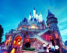 Disneyland #anaheim #disneyland #castle #wheredreamscometrue