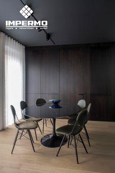 Keramisch parket in een woonkamer, extra lange tegels van 150 cm | Ceramic parquet in a living room, extra long tiles of 150 cm #keramischparket #woonkamer #ceramics #ceramicparquet #livingroom