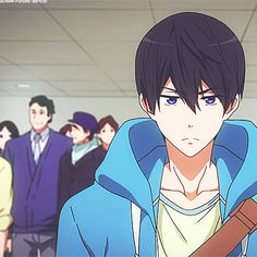 """Free! ~ GIF of """"Sightseeing""""  --  Lol there's Haru's beautiful """"bitch-fit"""" face"""