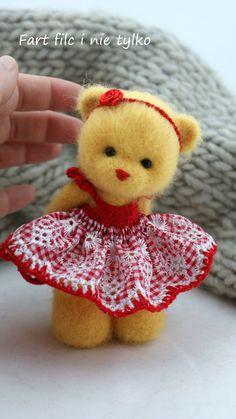 Różyczka :)  #polandhandmade #felt #ooak #teddybear #fartfilcinietylko #fartownemisie