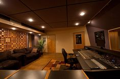 Wes Lachot Design Group    Recording Studio Design and Acoustic Consulting