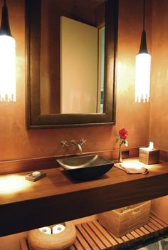 Beautiful lighting effect in bathroom.