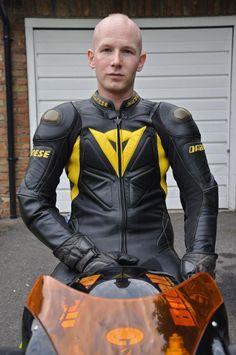 A collection of Guys In Sport Biker Leathers Motorcycle Suit, Motorcycle Leather, Motorcycle Jackets, Leder Outfits, Komplette Outfits, Bike Leathers, Biker Boys, Biker Gear, Leather Men