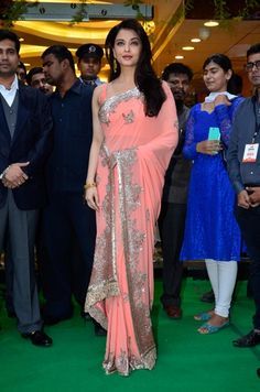 Aishwarya Rai Bachchan in Manish Malhotra's new saree collection. Check it out on: http://www.vogue.in/content/bollywood-best-dressed-2014-indian-ethnic#11