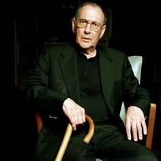 Harold Pinter with cane, in Turin, Italy in 2006. Photograph by Eamonn McCabe.