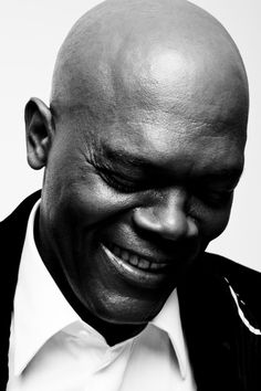Samuel L. Jackson photographed by Michael Muller. Samuel L. Jackson photographed by Michael Muller. Samuel Jackson, Celebrity Portraits, Celebrity Photos, Kino Movie, Tv Star, Actrices Hollywood, John Travolta, Bruce Willis, Black And White Portraits