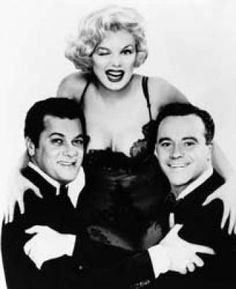 """marilynmonroefanatic: """"Tony Curtis, Marilyn Monroe and Jack Lemmon publicity photo for """"Some Like It Hot"""", 1959 """" Tony Curtis, Jack Lemmon, Marilyn Monroe, Some Like It Hot, Jackie Kennedy, George Clooney, Classic Hollywood, Old Hollywood, Stars News"""