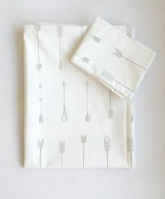 Stunning bedding for a baby nursery or child's room Screen printed on cotton percale Standard cot size duvet cover - 80 x 120 cm Baby Duvet, Duvet Bedding, Wood Crib, Wood Beds, Arrow Bedding, Beautiful Bedding Sets, Holly Willoughby Bedding, Wood Arrow, Kids