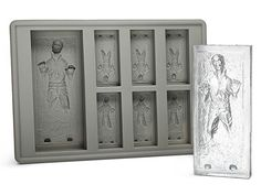 Kotobukiya Star Wars Han Solo Ice Tray - Freeze your own Han Solo! Here comes an innovative Star Wars kitchen product from a galaxy far, far away. This time around, the fun gets frosty with the Han Solo in Carbonite Silicone Tray. Perfect for everything from family fun to Star Wars-themed parties. GetdatGadget.com