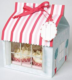 Patisserie Large Cupcake Boxes -- how fun would it be to get cupcakes in this box? Cupcake Packaging, Pretty Packaging, Gift Packaging, Packaging Design, Bakery Packaging, Custom Packaging, Packaging Ideas, Porta Cupcake, Cupcake Boxes