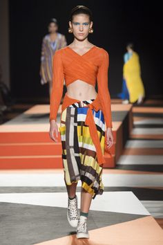 Missoni Spring 2016 Ready-to-Wear Collection Photos - Vogue