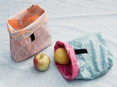 DIY-Anleitung: Lunchbag aus Wachstuch nähen / diy-tutorial: how to sew a lunchbag made of oil cloth, sewing tutorial via DaWanda.com