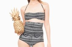Retro cut extra high waisted swimsuit bottoms. Fully lined with a high quality lining.