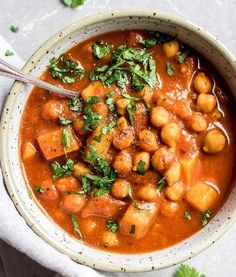 Cozy up with a big bowl of crockpot Moroccan chickpea stew! This stew is made with warming spices like cinnamon and cumin. It's also vegan and gluten-free! Vegan Crockpot Recipes, Slow Cooker Recipes, Soup Recipes, Vegetarian Recipes, Healthy Recipes, Vegan Meals, Beef Recipes, Chicken Recipes, Healthy Food
