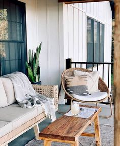 "HomeGoods on Instagram: ""Saturday sanctuary (📸: @shoreworthy)"" Outdoor Spaces, Outdoor Living, Outdoor Decor, Small Patio Design, Interior Styling, Interior Design, Sleeping Porch, Natural Interior, Cottage"