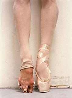 El Ballet es un verdadero arte, pero poco saben que detrás de tanta belleza y sutileza se esconde un verdadero tormento. Te vas a asombrar cuandote des cuenta de todo lo que hacen para lucir así de artísticas y estéticas en el escenario.Son extremadamente fuertes, así que si piensas que es cosa fácil, mejor búscate […]