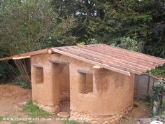 Cob Shed, Eco Shed shed from North Norfolk | Readersheds.co.uk. This is the sort of thing we plan to build in the garden!