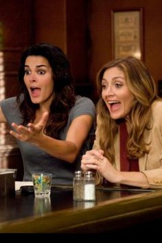 rizzoli & isles. Us whenever we're out to eat hahaa @Chloe McIntosh @Candice Parsons