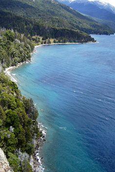 Patagonia - Villa Traful - Hermoso lugar de salvaje belleza. Felicitaciones por ese mirador !