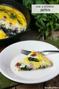 Ham and Spinach Frittata - crisp veggies, cubed ham and cheese! Combine ingredients with eggs and bake in the oven. The result is a meal everyone will love! #recipe #brunch
