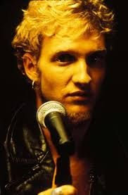 Layne Staley- 90s frontmen had the coolest names