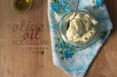 The Vanilla Bean Blog NO CHURN olive oil ice cream with vanilla bean At home they said they coulnàt taste the olive oil, I'll have to try it with a stronger olive oil. I also added some roasted nuts (pecans, walnuts,  almonds)