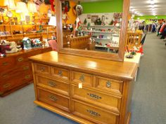 Dresser with mirror - has bed and chest to match - see next picture
