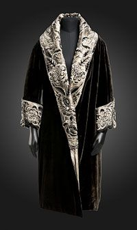 Evening coat, Anart Paris circa 1923 - 1928.  Black silk velvet with rayon embroidery, silk velvet appliqueés, beads and sequins.  Philadelphia Museum of Art.