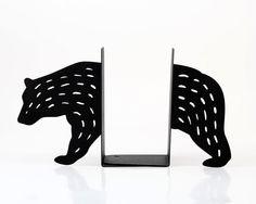 Bookends Bear laser cut for precision by DesignAtelierArticle