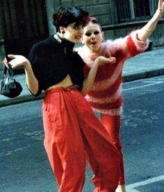 Siouxsie and Debbie Juvenile, goofing around