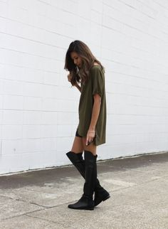 DonatilaRose.: when your t-shirt and your boots meet.