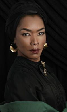 Angela Bassett...how can you NOT love a beautiful actress who studied at Yale!