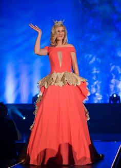 Miss Missouri 2014 Evening Gown: HIT or MISS? http://thepageantplanet.com/miss-missouri-2014-evening-gown/