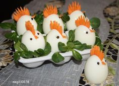 Jajka-kogutki ;-) Best Egg Recipes, Easter Recipes, Baby Food Recipes, Vegetable Decoration, Food Decoration, Deco Fruit, Easter Deviled Eggs, Easter Dishes, Creative Food Art