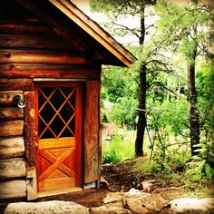 Come stay in the cool pines of Flagstaff, AZ at www.logcabinhomevacation.com